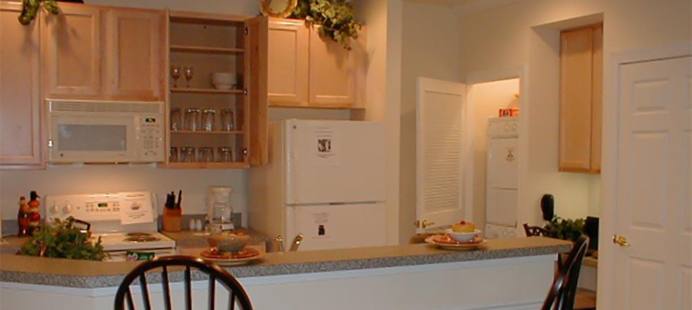 Deemers Landing kitchen view